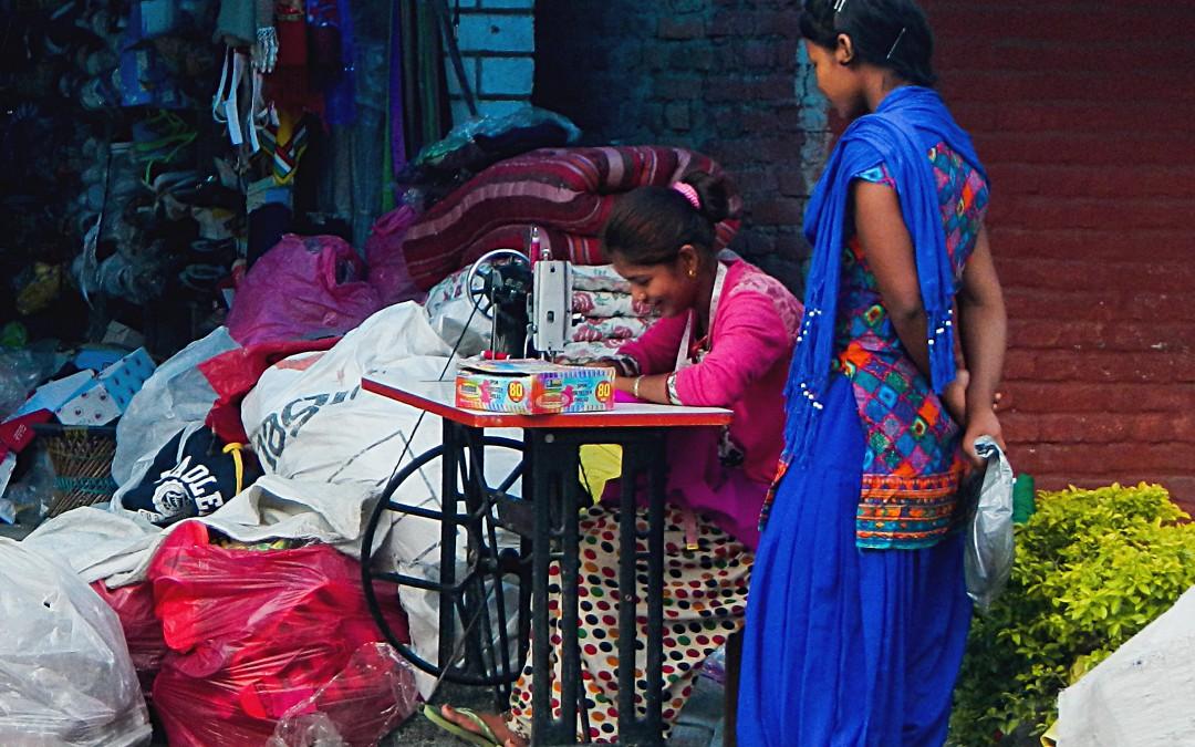 Weihnachtsaktion 2015 – Wie eine Nähmaschine das Leben einer ganzen nepalesischen Familie verändern kann
